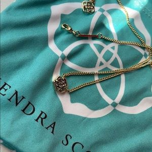 Small Kendra Scott Pendant Necklace